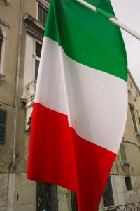 flag of italy 200x300 Italian Facts